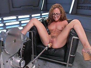 In Deep Love With Hardcore Machine Sex