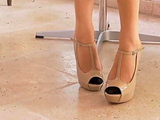 Long Legs High Heels Stockings Porn Video 07 Xhamster