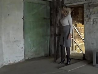 Stranger Abducts Sonia And Gropes Her As She 039 S Bound