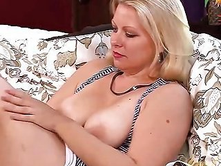 Zoey Tyler Wants You To Stroke Off To Her Free Hd Porn Fc