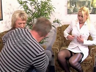 Unknown German Mature MILF Threesome Sweet Suesse