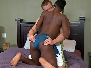 Fucking A Sexy Ebony Chick In Cheep Motel Is Fantastic