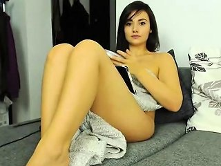 Brunette Masturbating And Squirting Solo On Webcam Nuvid
