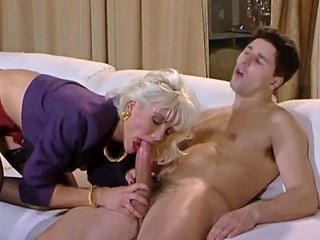 Anal And Dp Queen Helen Duval First Anal And Dp Busting