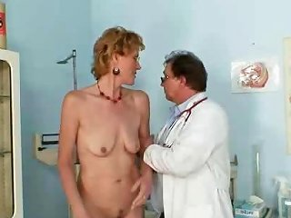 Old Lady Mila Visiting Gyno Doctor For Pussy Speculum Drtuber