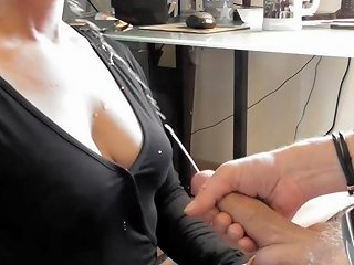 Cum A Lot German Amateur Housewife Hubby Sparys My Shirt And Face