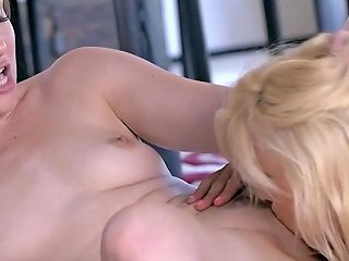 Sensual Lesbos Scissor After Slow Foreplay