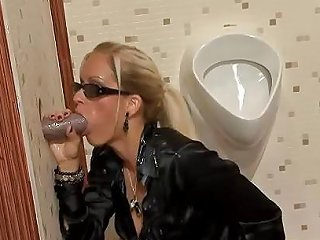 Blonde With Sun Glasses Sucking Dick Porn B0 Xhamster