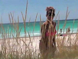 Gangbang In Spiaggia Che Culo Valentina Centoxcento