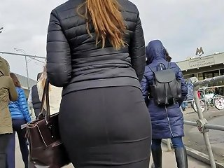 Big Wide Sexy Ass In Skirt Free Big Ass Porn Fe Xhamster