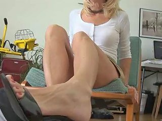 My Cock Loves Her Milf Toes Footjob Shoejob 2 Porn 1a