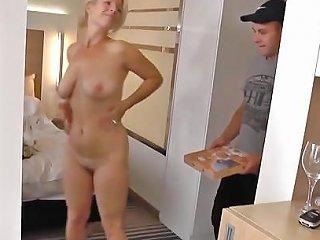 Chanceux Livreur De Pizza Free Mature Hd Porn 40 Xhamster