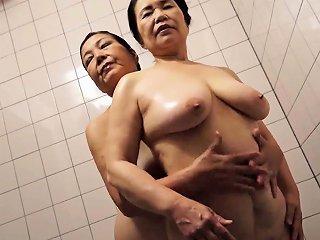 Asian Mature Boobs Drtuber