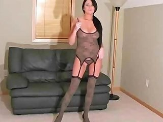 Chloe J Shows Off Her Body In A Pov That Shows Her Wet Pussy Drtuber