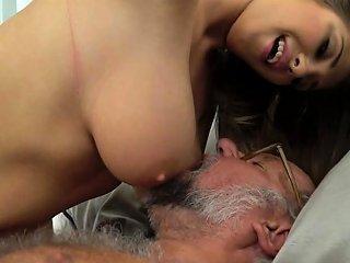 Busty European Beauty Loves Oldmans Cock Drtuber