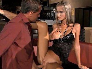 British Stud Omar Fucks A Slut In A Ffmm Foursome Porn Db