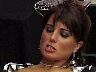 Brunette Cougar Kate Is Desperate For A Raging Dong