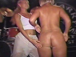 Summer Showing All On Spring Break Free Porn 08 Xhamster