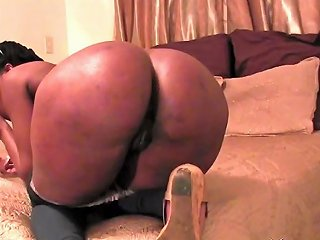 Young Amateur Ebony Lisa Bends Over And Tries Anal Sex With White Guy