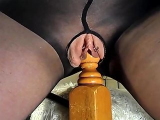 Amateur MILF Rides Her Bedpost Multiple Squirting Orgasms Txxx Com