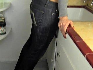 Milf Angela Humping The Sink Free Girls Masturbating Hd Porn