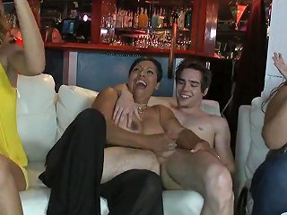 Name Of Black Latina Dancing Bear Bbw Hd Porn 4a Xhamster