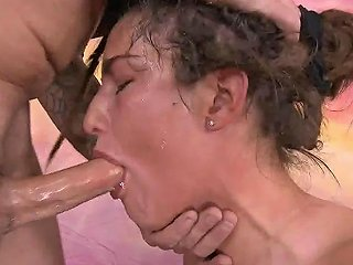 Hippy Deepthroat Whore Gats Passed Cock To Cock