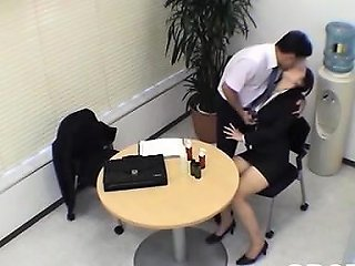 Pushy Job Interviewer Tests This Guy's Fucking Skills Nuvid