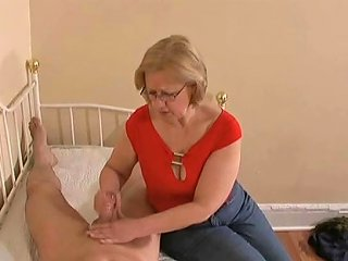 Mom Knows Best Free Best Mom Porn Video 3d Xhamster