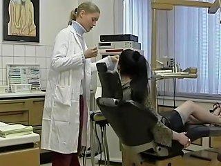 Superbe Salope Percer Tatouer Baise Avec Son Dentiste Txxx Com