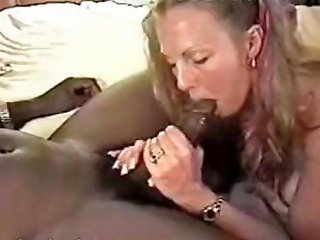 Voluptuous Bimhos With Fresh Coochies Gets Themselves Nuvid
