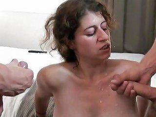 Ilia Jewish Chubby Slut Enjoys A Threesome Juive Ronde