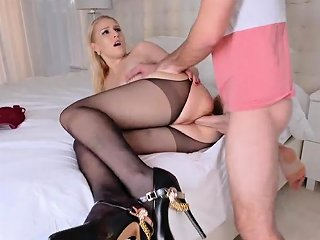 Belgium Mom Birthday Sex Butt Not For Dad Drtuber