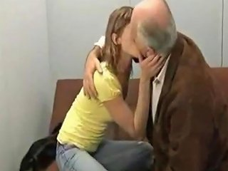Old Men Fucked Young Girl Porn Videos