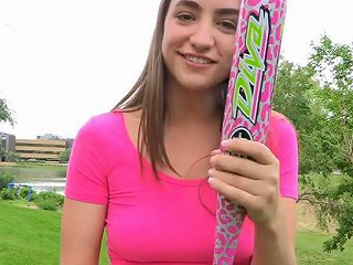 Kinky Brunette Teen Jeri Masturbates With A Baseball Bat Outdoors Sunporno Uncensored