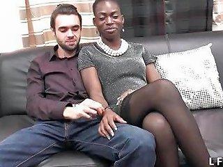 Casting Couple Amateur Avec Une Belle Black Free Porn Ff