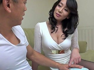 Awesome Hairy Pussy Of Charming Rei Kitajima Gets Stretched Missionary Style