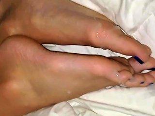 Slender Feet Cum