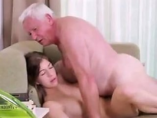 Sb3 Teen Gives A Fuck For A Pizza Off Old Man Free Porn 5e