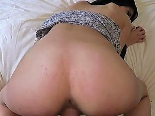 Arab Coach She Very Supreme In Sofa And I Cum Rockhard On Her Pretty Face Many Times