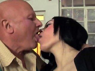 Grandpa Fix A Teen's Pussy