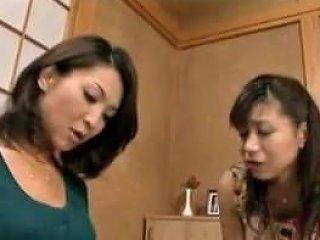 Japanese Lesbians How She Met Her Noisy Neighbor Upornia Com