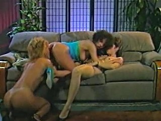 Retro Women With Hot Bodies Eating Pussy