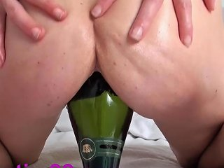 Giant Dildos Bottles Pussy Insertions Vegetable