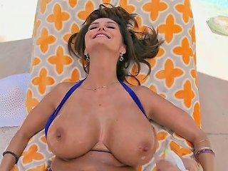Freaky Pornstar Takes A Ride On Weenie In POV Sunporno Uncensored