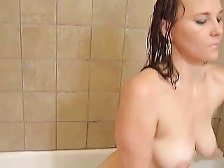 Amputee Bath Free Amputee Tube Hd Porn Video 1d Xhamster