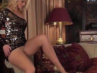 Classy Milf In Sheer Pantyhose Free In Pantyhose Hd Porn Cd