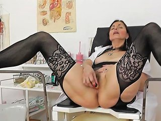 Pussy Stretching Svcene By Mature Nurse