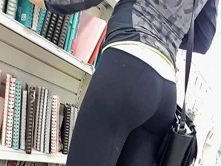 Hot Chick Shopping In Tight Yoga Leggings Pants Hd Porn 39