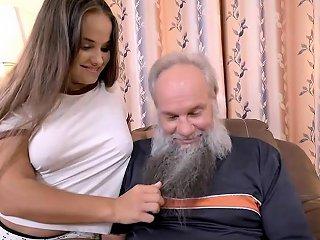 Grandpa With A Grey Beard Fucking A Curvy Teen Babe